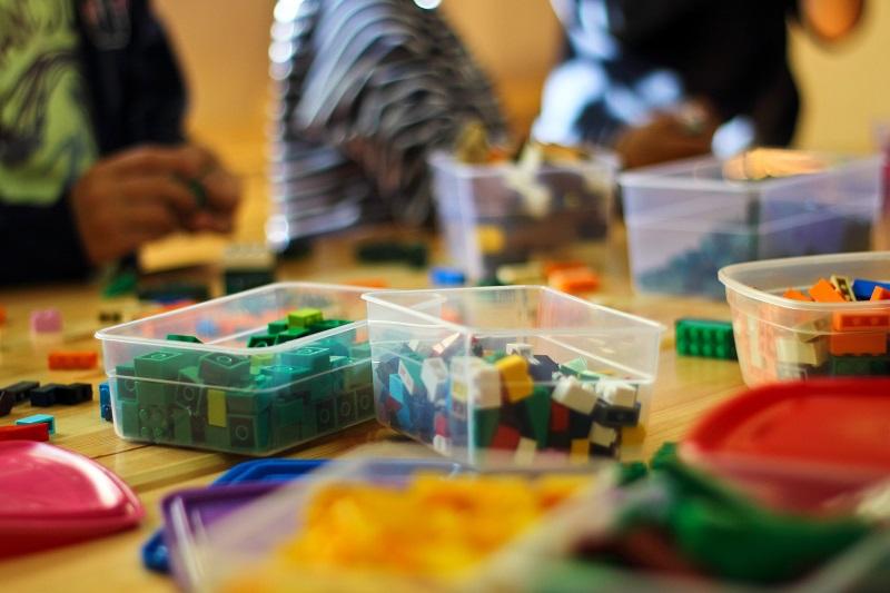 Kleine Plastikboxen - ideal für verschiedene Legosteine. (#03)