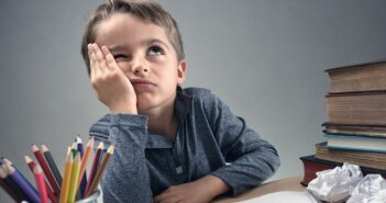 Fallende Konzentration bei Kindern: Ursachen & Behandlung. (#01)