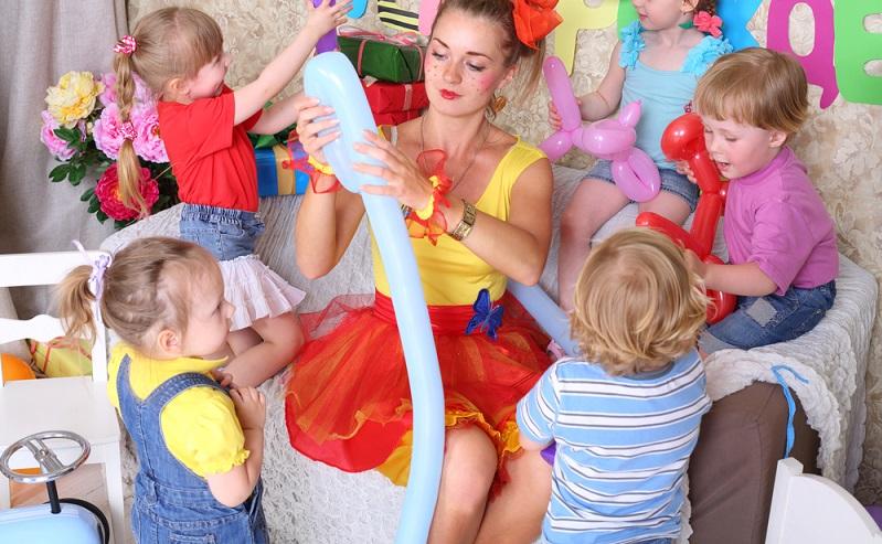 Die Atlantikküste ist vor allem bei Familien mit Kindern als Ort des erholsamen Campingurlaubs, sehr beliebt. Entsprechend wichtig sind die Animation beim Camping sowie die entsprechenden Angebote für die Kleinsten. Die Atlantikküste bietet dazu attraktive Möglichkeiten. (#01)
