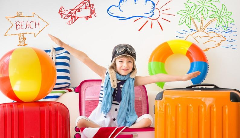 Reisen mit Kindern in ferne Länder oder zu nahen Urlaubszielen sollen Erholung vom Alltag bringen, neue Eindrücke vermitteln und dabei möglichst auch jede Menge Spaß machen. Schließlich ist der Urlaub die schönste Zeit des Jahres und bleibt lange in Erinnerung. (#02)