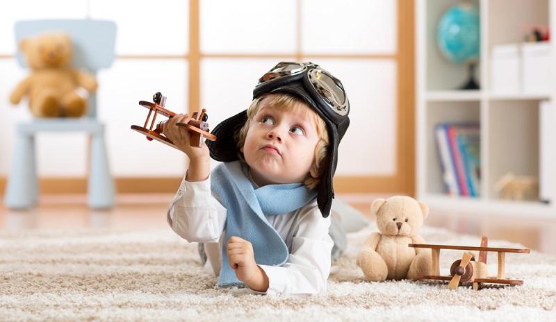 Teppichböden sollten bei der Wahl des Fußbodens für Ihr Kinderzimmer also nicht die erste Wahl sein. Wenn Sie sich dennoch für Teppich entscheiden, achten Sie beim Kauf auf das TÜV-Umweltsiegel und wechseln Sie den Teppichboden spätestens nach fünf Jahren. (#03)