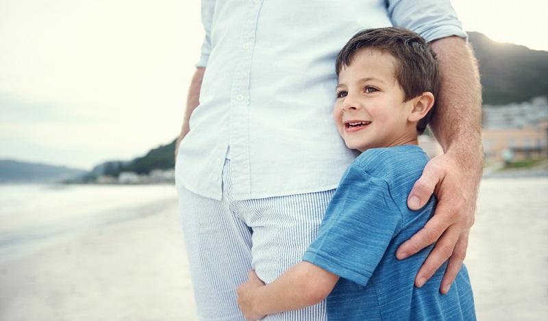 Man muss Kindern ein Geborgenheitsgefühl vermitteln. Auch, wenn sich Situationen und Familien ändern, man ist immer für sie da.(#02)