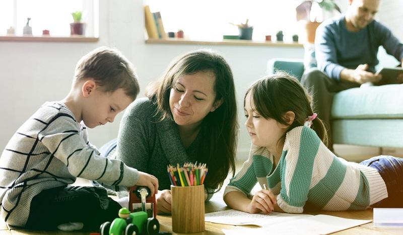 Damit eine Patchwork Familie zusammenarbeiten kann, zählt, dass sich jedes Mitglied voll und verantwortlich einbringt und im Gegenzug auch voll- und gleichgewertet und nicht benachteiligt wird.(#01)