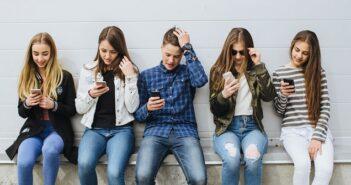 Handy Regeln für Teenager: Tipps für richtigen Umgang