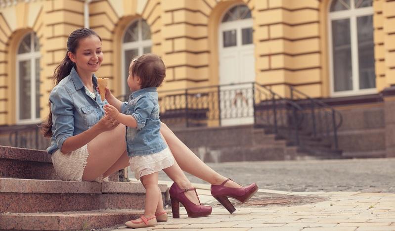 Meistens fühlen sich die Frauen sogar wieder deutlich wohler, wenn sie das Gefühl haben, nicht nur Mutter zu sein, sondern auch eine attraktive, fitte Frau. (#05)