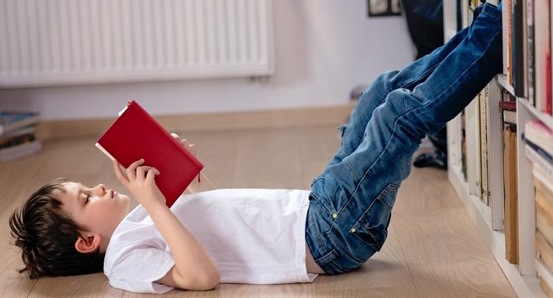 Was ist Allgemeinbildung eigentlich und warum müssen die Schüler immer noch auf die traditionelle Art lernen? (#04)
