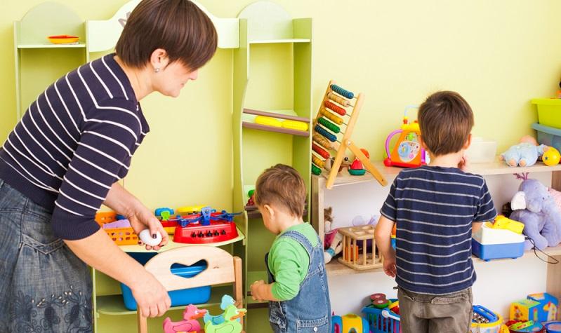 Von Ordnung bis Geschicklichkeit: Für die Schule können Eltern ihren Kindern eine Menge mitgeben. (#05)