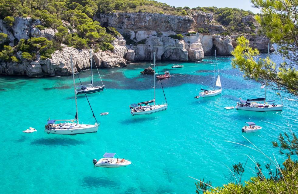 Wo sonst sollte man ein Glückshotel Menorca hinpflanzen, wenn nicht in der Nähe der türkisblauen Cala Macarella oder der Cala Macarelleta? (#1)
